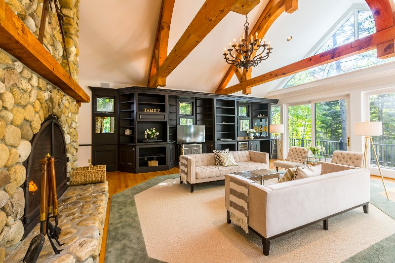 Incredible Home Sets Bar for Stratton Views&Luxury, location de vacances à Somerset