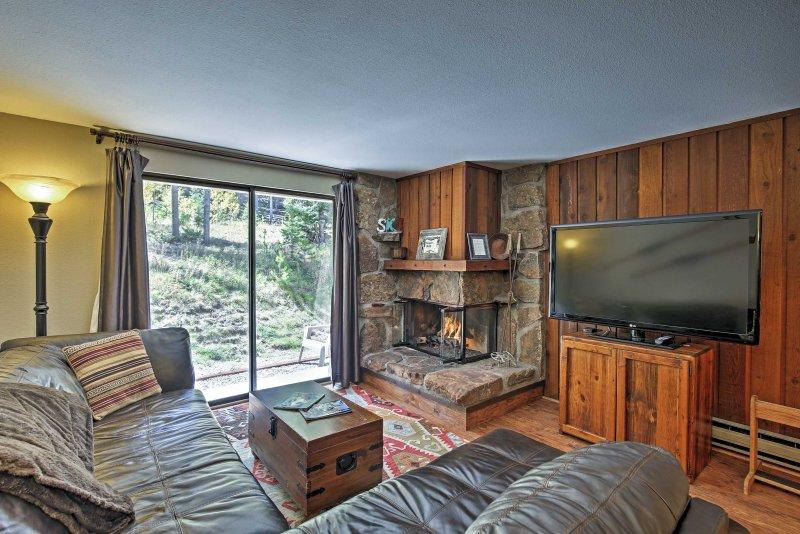 Explore Colorado from this 2-bedroom, 2-bath Winter Park vacation rental condo!