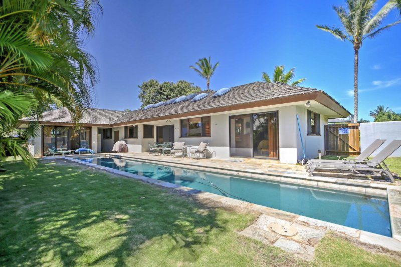 Discover Princeville from this 3-bedroom, 3-bath vacation rental home.