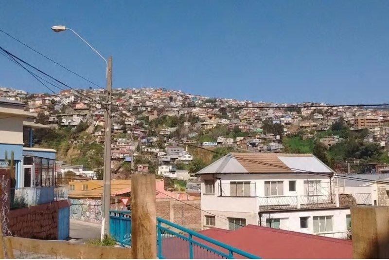 casita para 2 o 3 perrsonas, completamente equipada. Centro, alquiler de vacaciones en Valparaiso