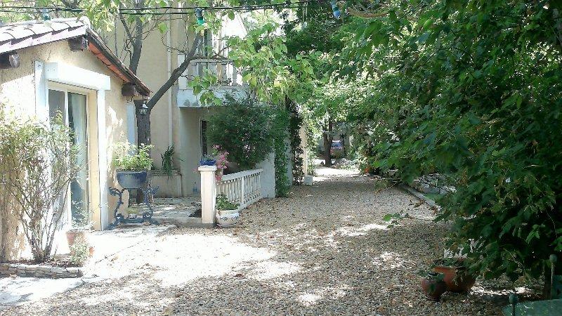 Clos de Lamarre, vacation rental in Lieuran-les-Beziers
