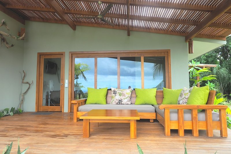 Sunrise Studio at Taru Rentals, holiday rental in Montezuma