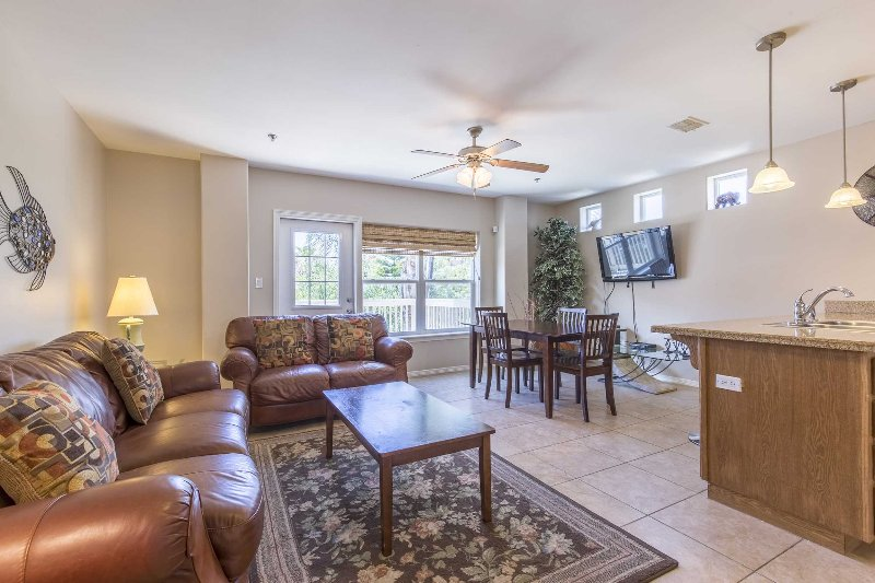Marlin Cottages is a 2 level vacation home.
