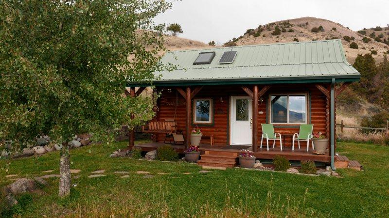 Montana Healing Retreat Cabin Cabin # 1 de la parte delantera.
