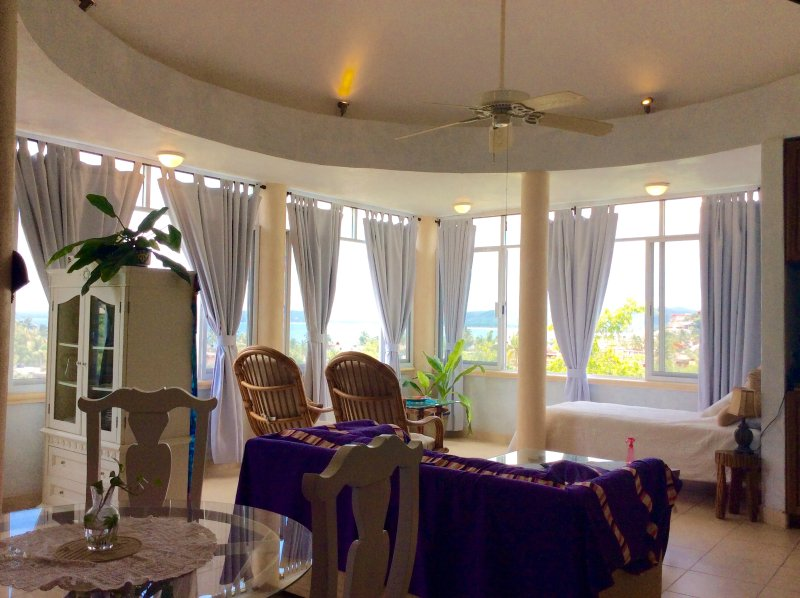 Beautiful, comfortable, peaceful, private and clean. all you need for a  relaxed vacation.
