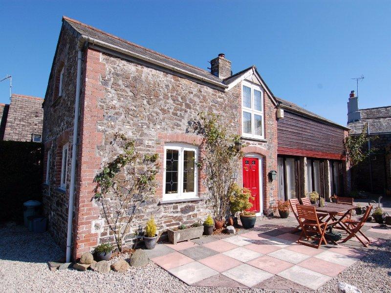 JACOB'S BARN, barn conversion, tranquil location, in Chillaton, Ref 967293, casa vacanza a Chillaton