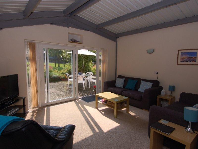 BROOKFIELD LODGE, wheel chair access, in Drimpton, Dorset AONB, Ref 967289, casa vacanza a Seaborough