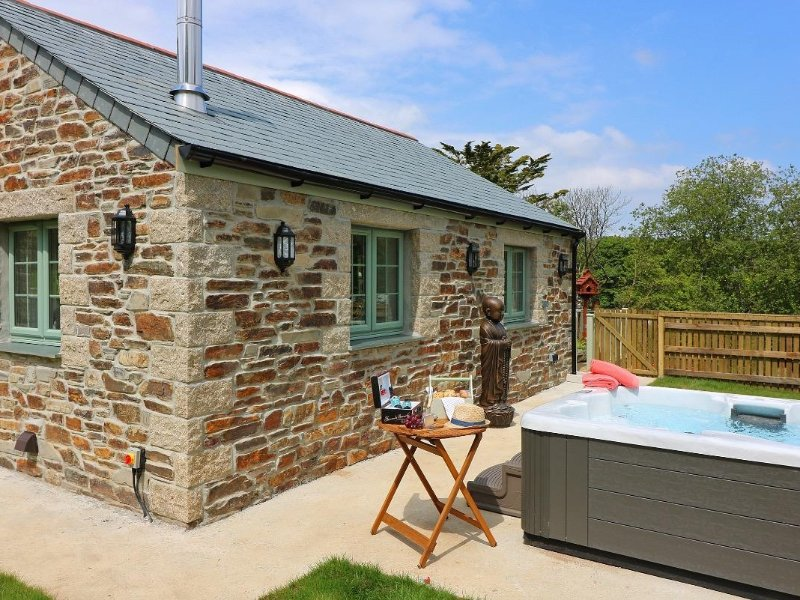 OMALAST cottage all on one level, countryside setting close to the City of, casa vacanza a Chacewater