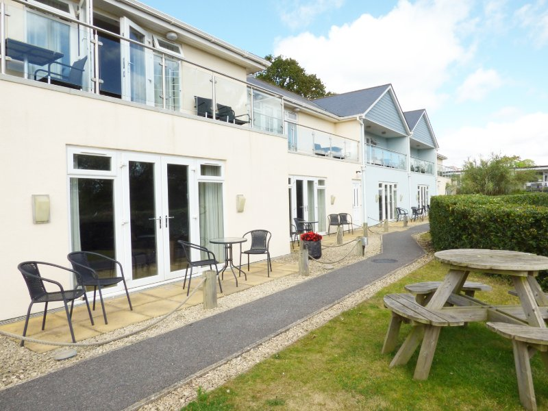 APARTMENT FF04, WIFI, Smart TV, open plan living, Ref. 953782, vacation rental in Dawlish