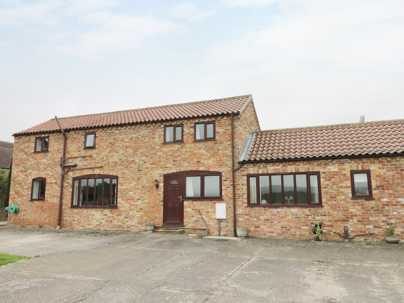 THE BARN, open plan layout, double bedrooms, near Pocklington, Ref. 30528, casa vacanza a Fimber
