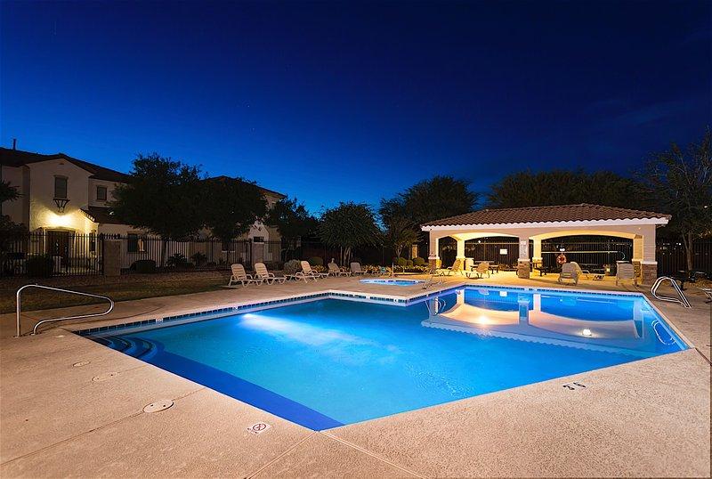 Pool, Resort, Swimming Pool, Water, Bench