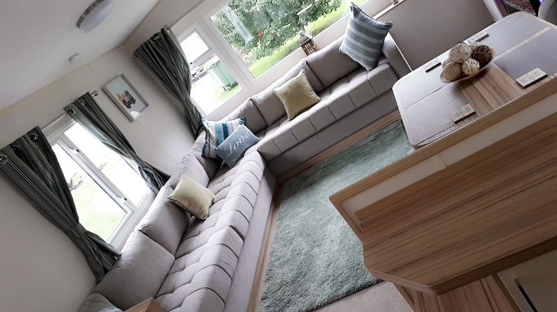 Beautiful lounge to enjoy relaxing in front of the 42inch tv with surround sound