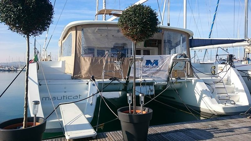 Catamarano Mauticat, holiday rental in Pescara
