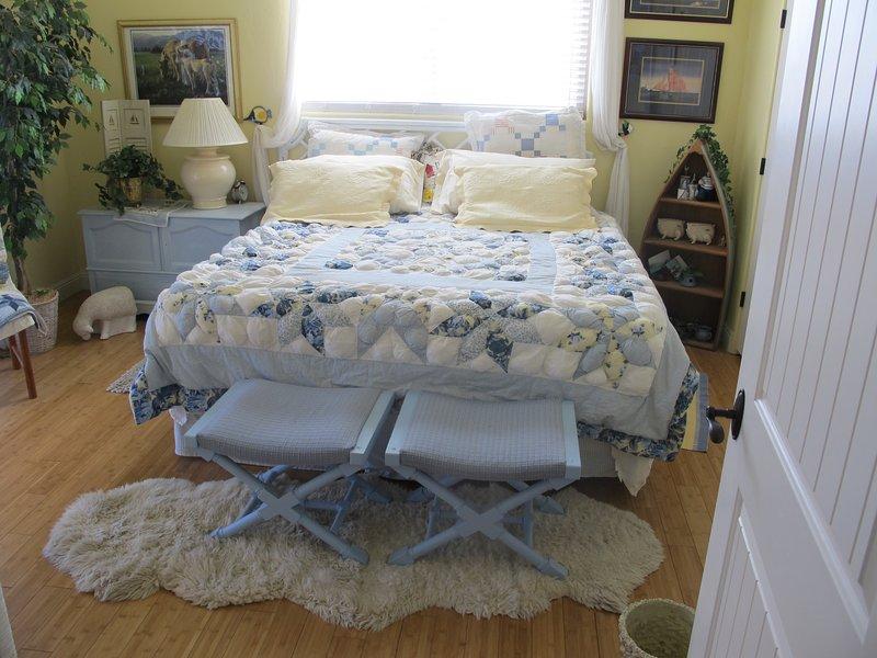 Très grand lit est confortable supplémentaire