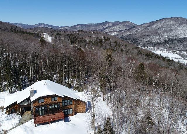 Greene Mountain Estate - Luxury Family Home in Downtown Killington - Vermont!, alquiler vacacional en Barnard
