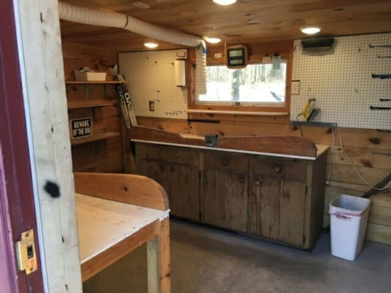 Guest wax hut:  heated, well-lit and ventilated.  2 benches.  Secure bike, ski and gear storage.
