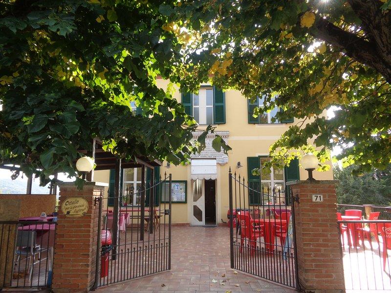 Ostello di Ciglione, 24 posti letto immersi nel verde e nella tranquillità, vakantiewoning in Ponzone