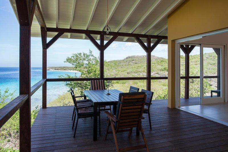 Vue imprenable de votre véranda avec vue sur la mer des Caraïbes.