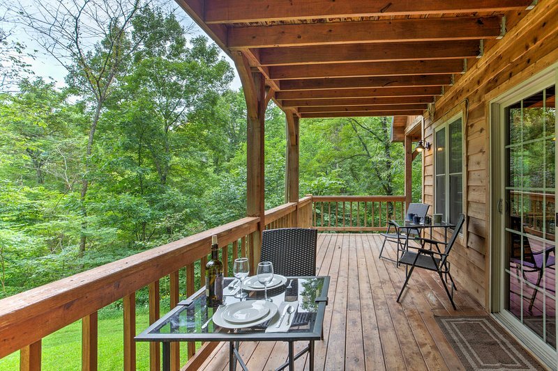 'Blues Moon' Serene 2BR Red River Gorge Cabin! UPDATED
