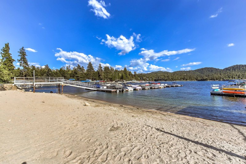 Lake Arrowhead offers tons of waterfront activities year-round!