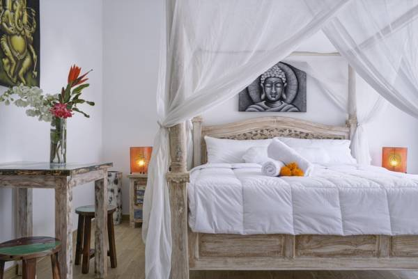 Charming rooms with private garden and plunge pool, location de vacances à Kerobokan