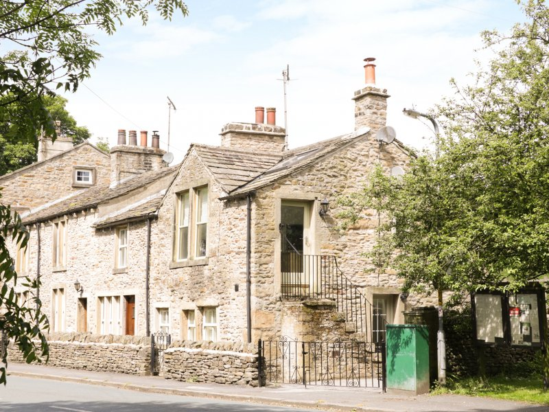 ORCHARD COTTAGE, en-suite, woodburner, featured fireplace,Ref 956843, holiday rental in Lothersdale