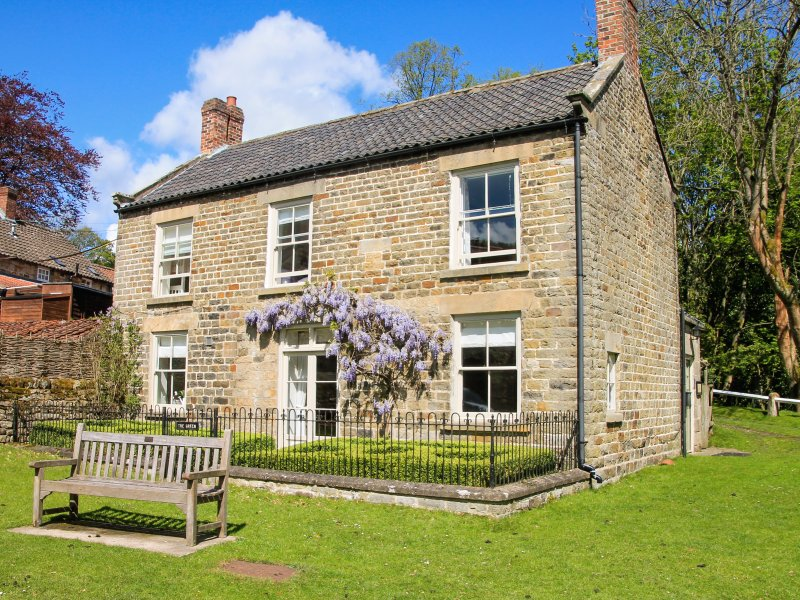 THE GREEN woodburning stove, WiFi, country location in Lastingham, Ref 947541, location de vacances à Hutton le Hole