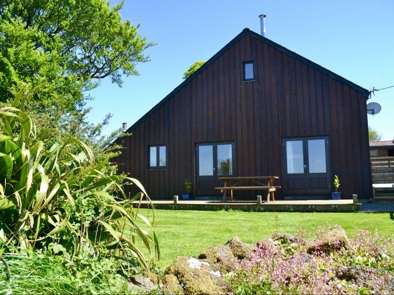 WHITETOR FARM: MEADER, detached barn conversion, woodburner, enclosed lawned, location de vacances à Lydford