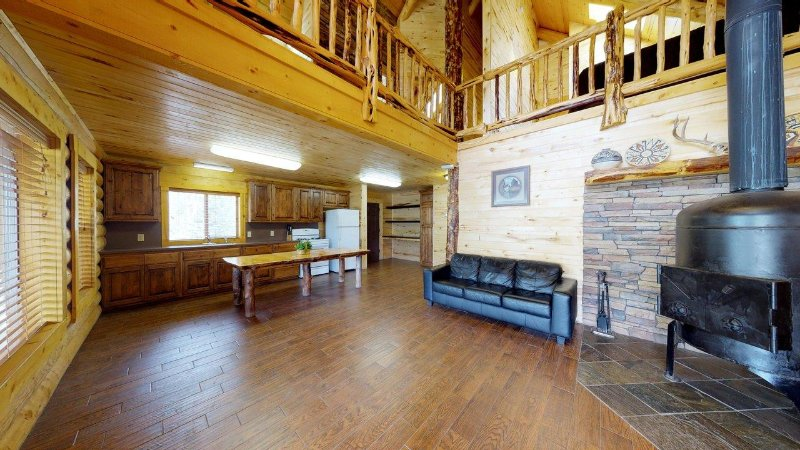 Lodge - Main Level
