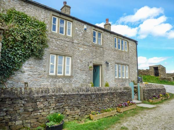 STREET HEAD FARM,  luxury holiday cottage, with a garden in Lothersdale Near, holiday rental in Lothersdale