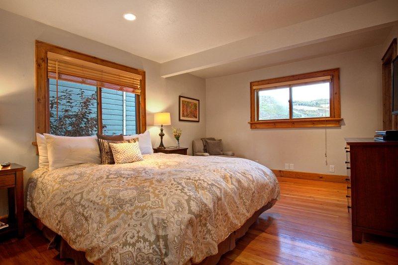 Master slaapkamer met en-suite