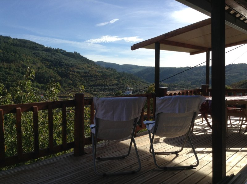 Terrasse uitzicht op de bergen