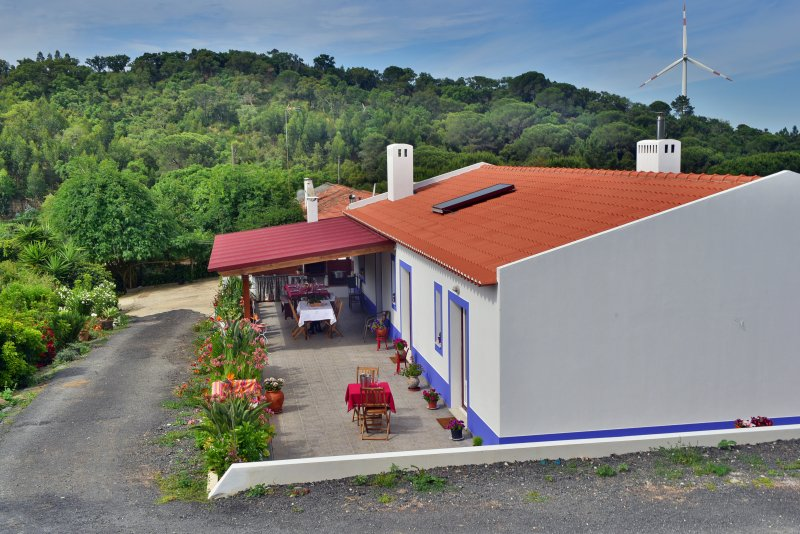 CASA DO MONTE, vacation rental in Porto Covo