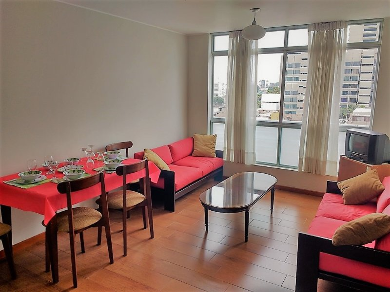 Minimalist cozy apartment full furnished and equipped, holiday rental in Jesus Maria