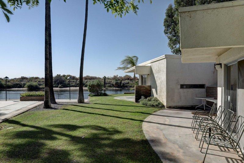 Diese 820 Quadratmeter große Wohnung bietet Platz für bis zu 8 Gäste.