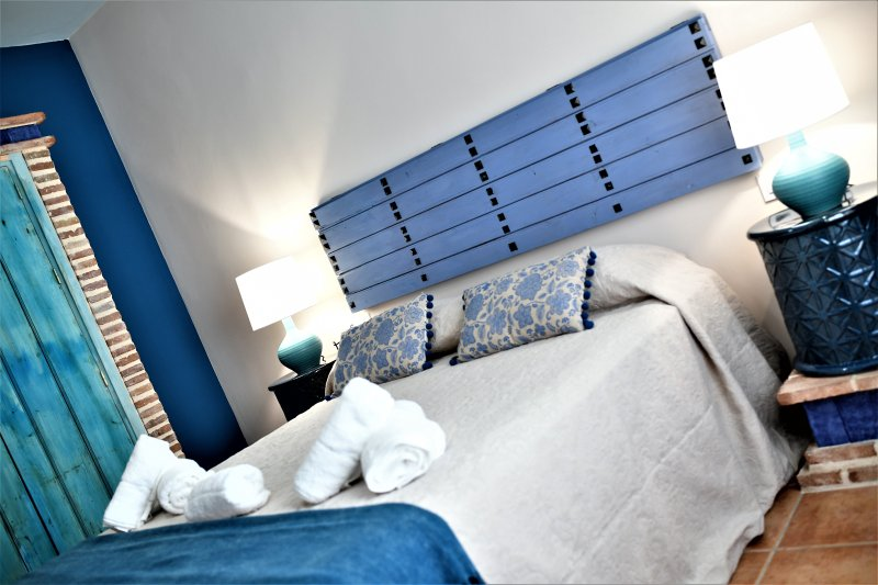 CASA RURAL BLUE MOON, holiday rental in San Nicolas del Puerto