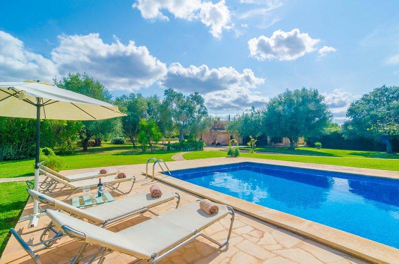 S'ERA NOVA - Villa for 4 people in Algaida, vacation rental in Algaida