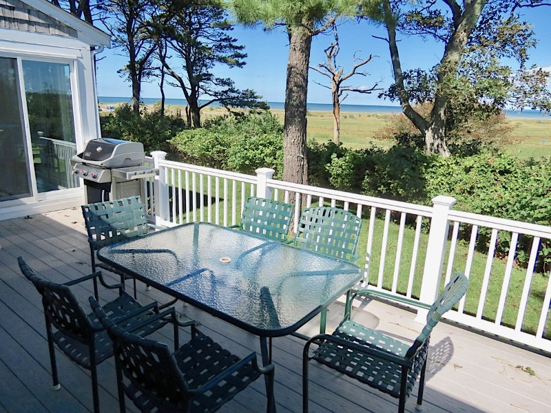 Experience summer outdoor living at its Cape Cod best!
