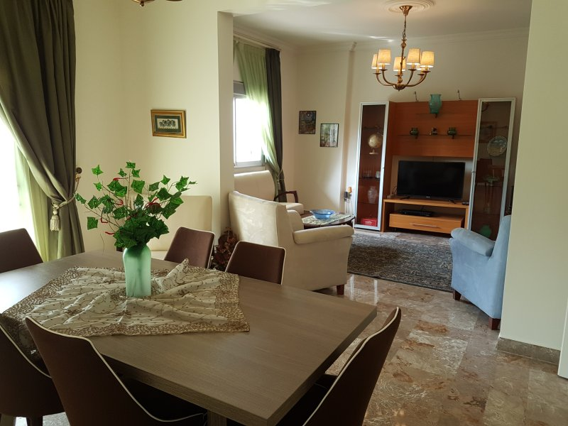 Heart of Achrafieh Apartment, holiday rental in Beirut