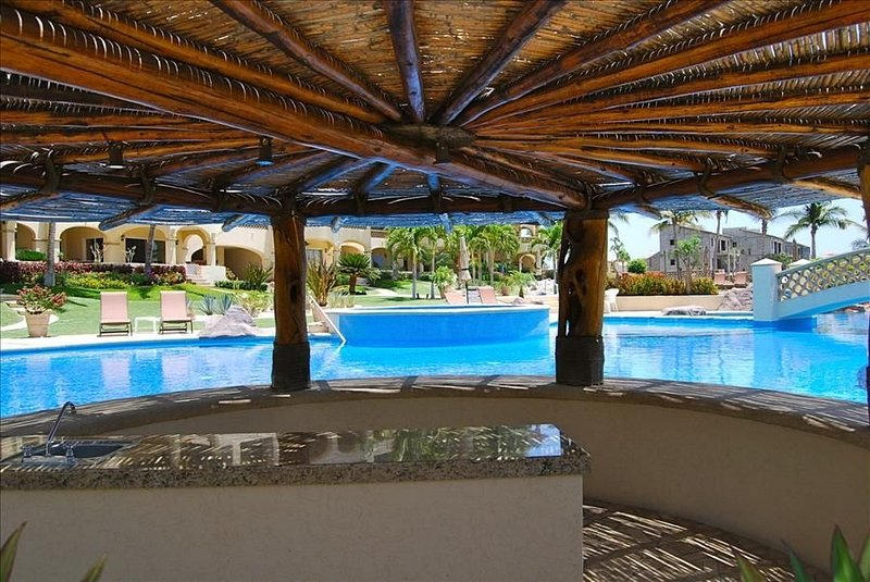 Palapa Area Near Pool