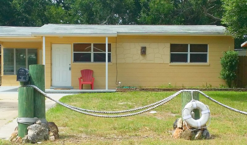 WHALE'S TAIL INN, holiday rental in New Smyrna Beach