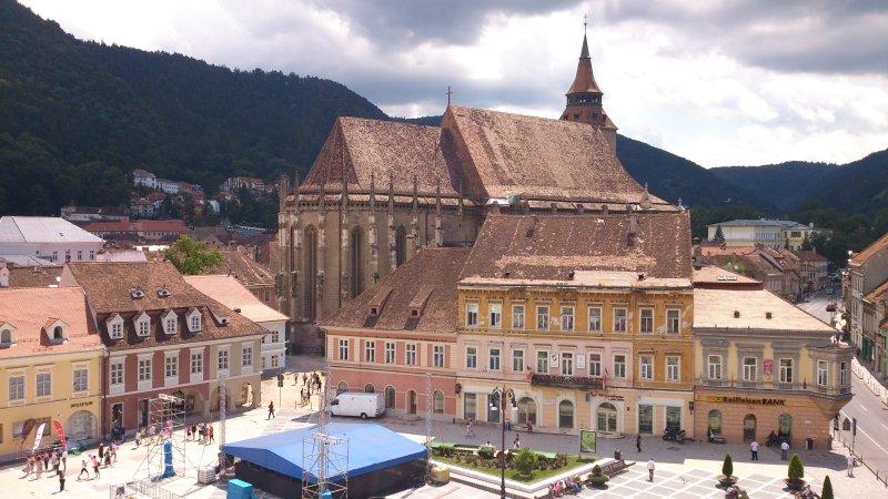 Piazza del Consiglio, centro storico di Brasov
