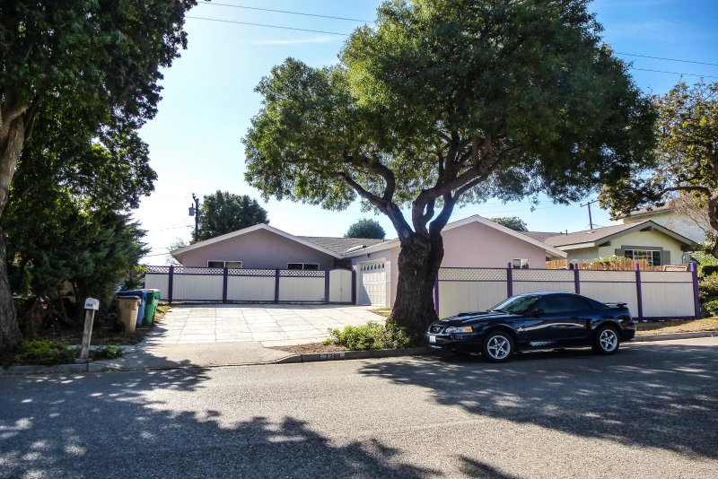Beautiful Remodeled Home | Close to Everything, casa vacanza a Goleta