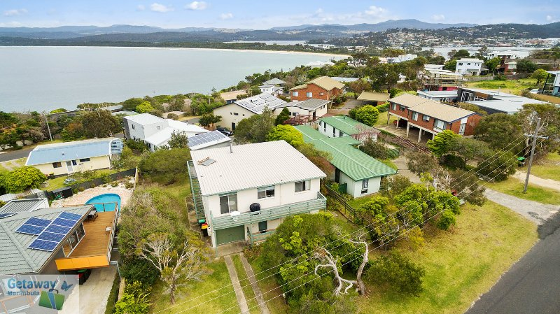 Cliffhanger - Big enough for the family and the dog, holiday rental in Merimbula