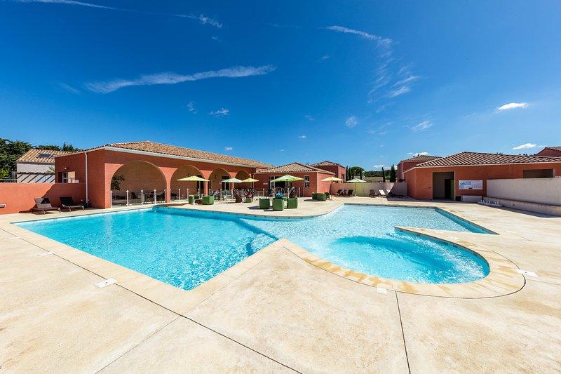 Villa 2 personnes proche Montpellier avec Piscine, casa vacanza a Restinclieres