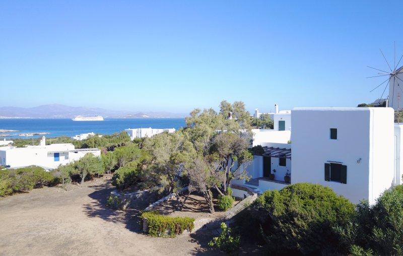 Santa Maria Villa with Atrium & Garden, aluguéis de temporada em Santa Maria