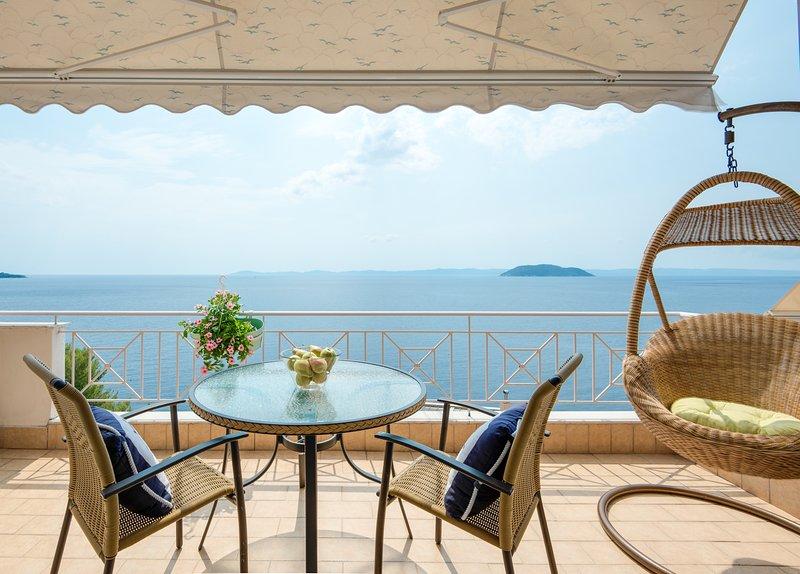 Poseidon Endless Blue Apartment, aluguéis de temporada em Paradisos