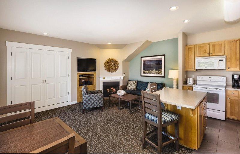 WorldMark Windsor living room