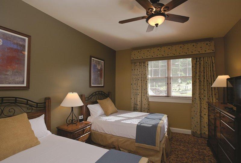 Wyndham Vacation Resorts Shawnee Village bedroom