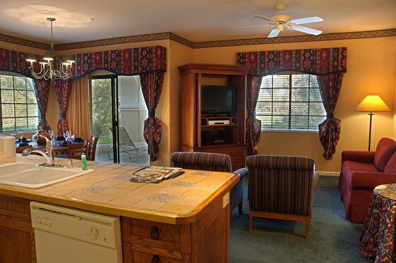 Legacy Golf Resort living room